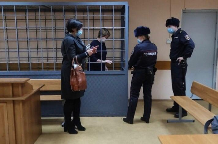 Задержана Галина Алейникова, главный бухгалтер предприятия «Амурсталь»