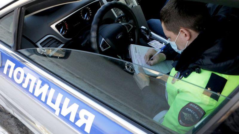 Подробности дел ростовской военнослужащей и новосибирского полицейского