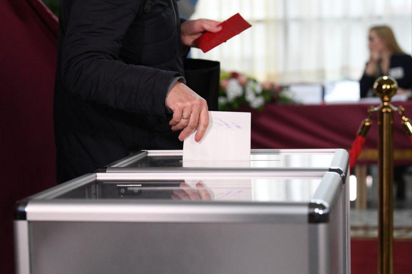 На парламентские выборы будут привлекать блогеров