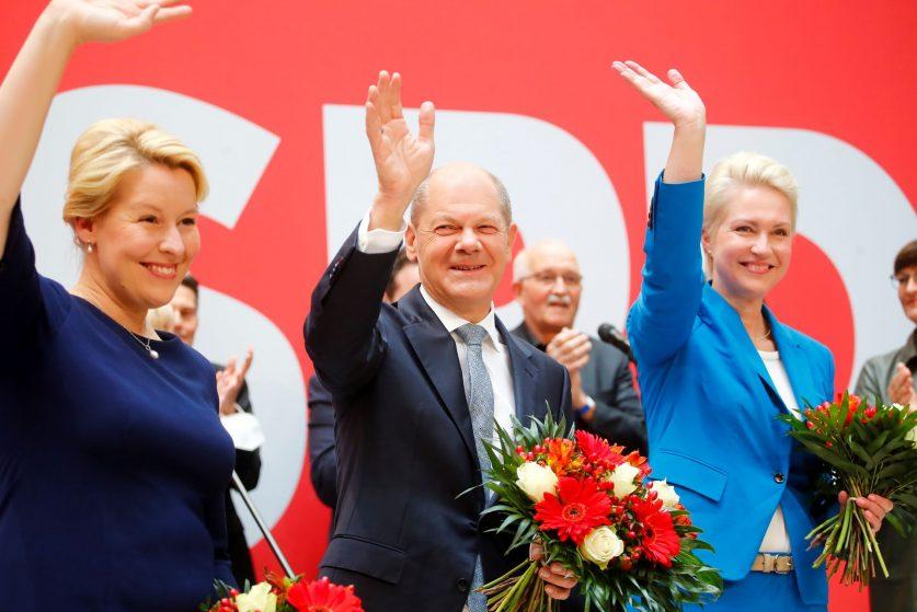 В Германии планируют образовать коалицию без блока Меркель