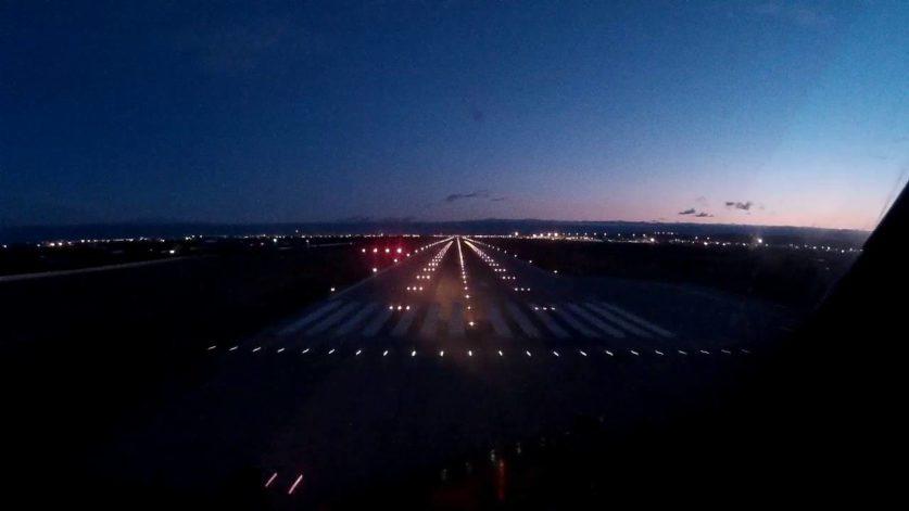 Росавиация рассматривает ограничение ночных посадок без приборов