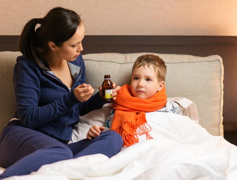 Родители получили прибавку к выплате при болезни ребенка