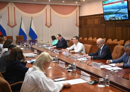 Михаил Дегтярев договорился о создании окружного центра ядерной медицины на базе Онкоцентра в Хабаровском крае