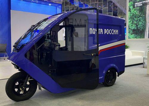 «Почта России» тестирует электротрициклы для доставки